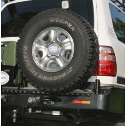 Выносной крепеж запаски правый Toyota LC 100/105 1997-2007